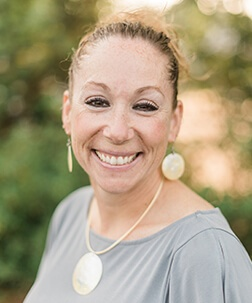 Diana - Dental Assistant, EFDA